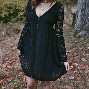 Black Dress - V Neck and long lace bell sleeves